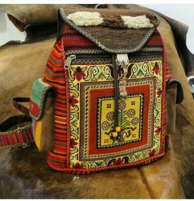 گلیم و کیف سنتی راژیا